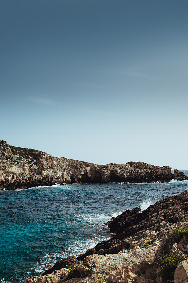 freeios7.com-iphone-4-iphone-5-ios7-wallpapermp91-one-sunny-day-beach-rock-sea-nature-iphone4