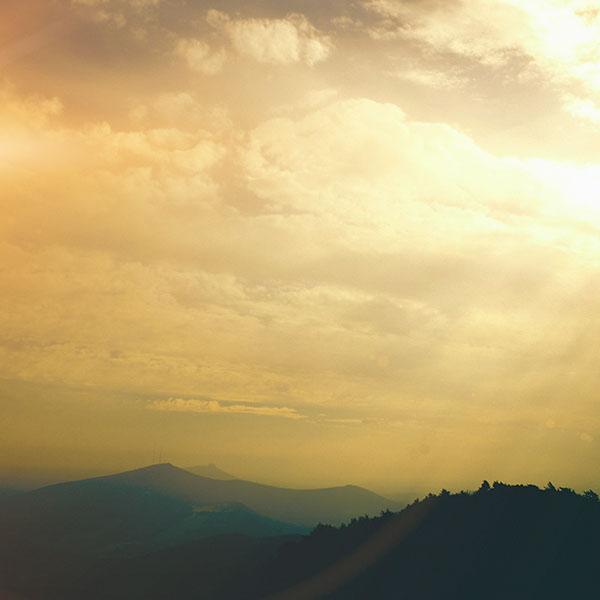 iPapers.co-Apple-iPhone-iPad-Macbook-iMac-wallpaper-mq93-the-end-sunrise-sky-cloud-shine-nature-orange-wallpaper