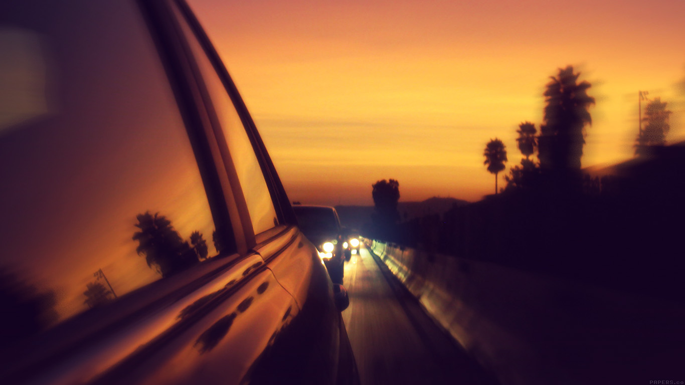 desktop-wallpaper-laptop-mac-macbook-airmr03-drive-way-sunset-city-highway-car-wallpaper