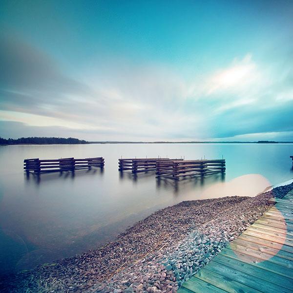 iPapers.co-Apple-iPhone-iPad-Macbook-iMac-wallpaper-mr35-lake-calm-nature-beautiful-sea-water-blue-flare-wallpaper