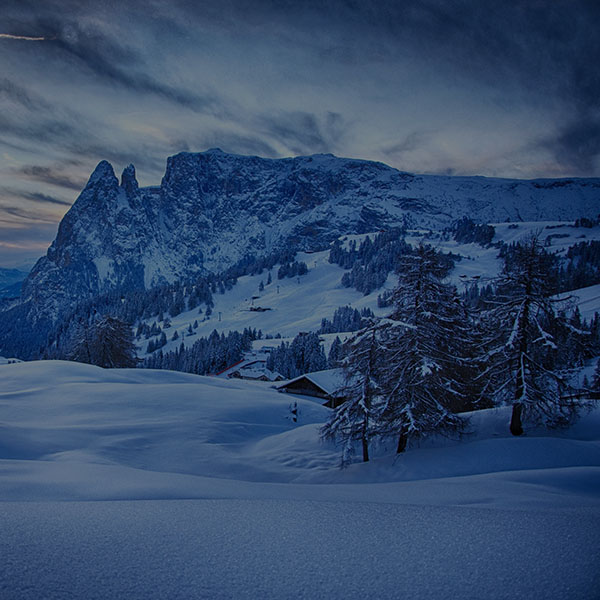 iPapers.co-Apple-iPhone-iPad-Macbook-iMac-wallpaper-mr45-mountain-blue-snow-winter-nature-ski-dark-wallpaper