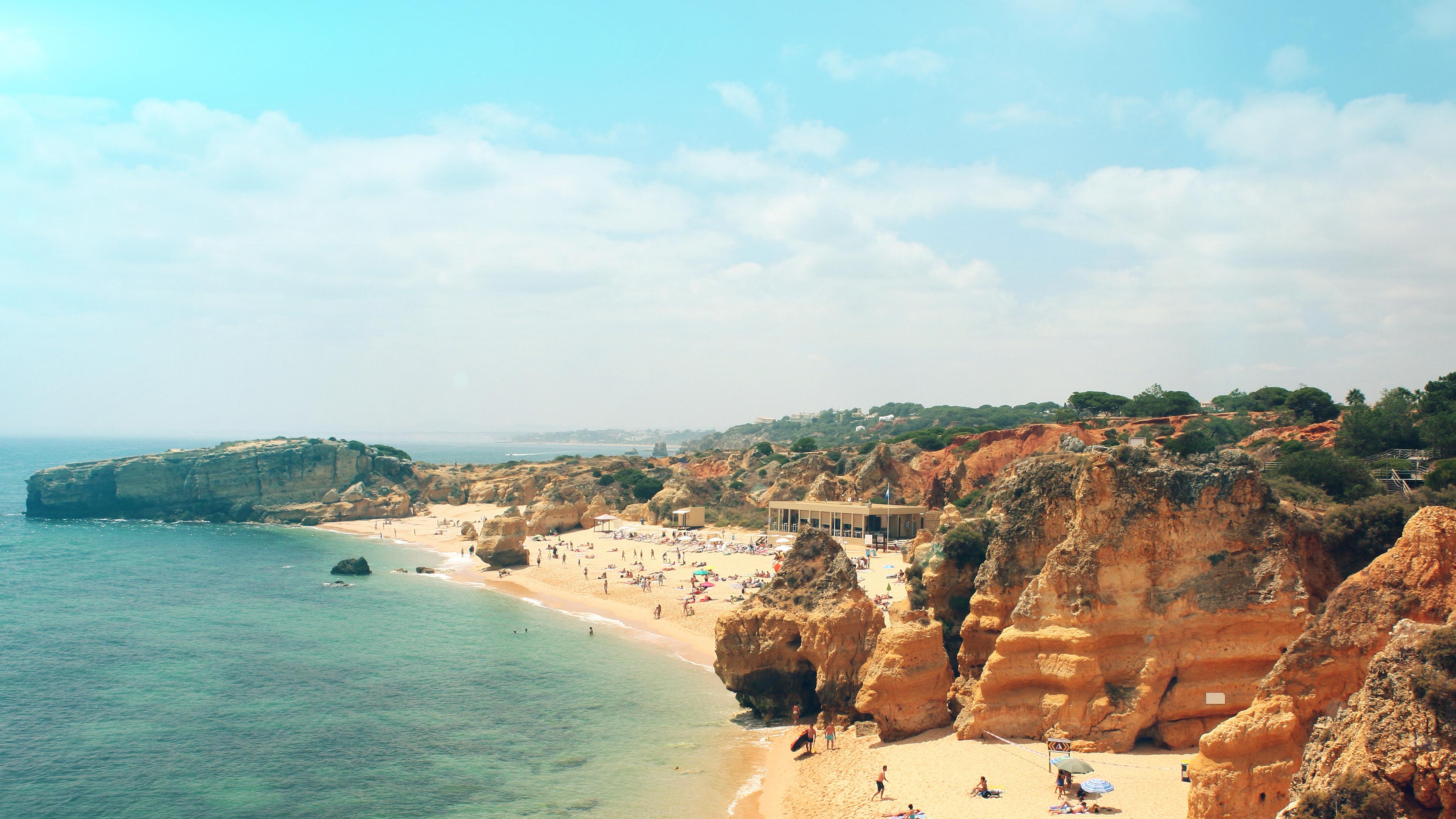 mr85-coast-beach-sunny-holiday-vacation-sea-sky-flare - papers.co