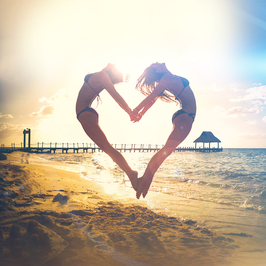 wallpaper-ms33-love-beach-sunny-summer-happy-sexy-flare-wallpaper