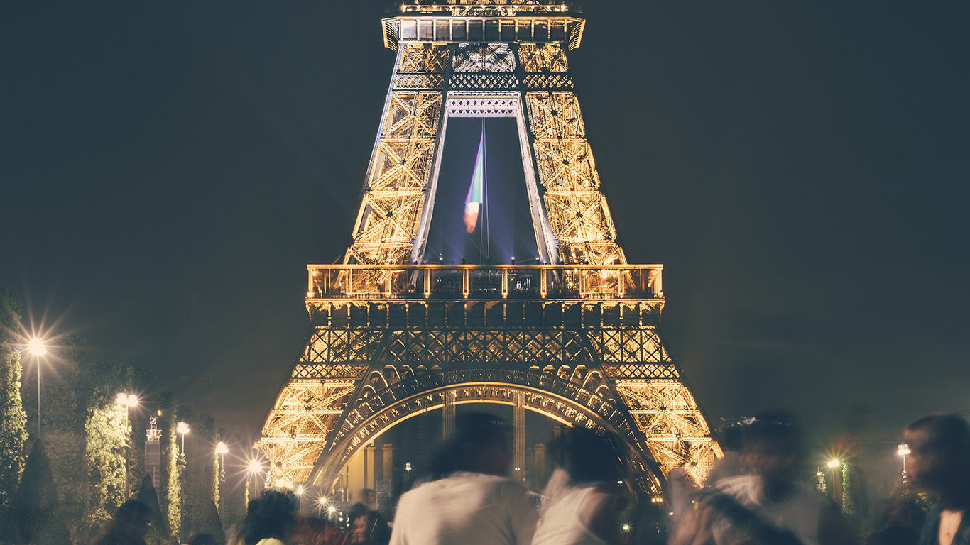 desktop-wallpaper-laptop-mac-macbook-airms38-happy-paris-eiffel-tower-france-tour-night-city-wallpaper