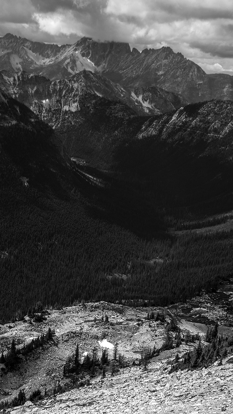 Papers.co-iPhone5-iphone6-plus-wallpaper-mt09-great-mountain-view-dark-bw-nature
