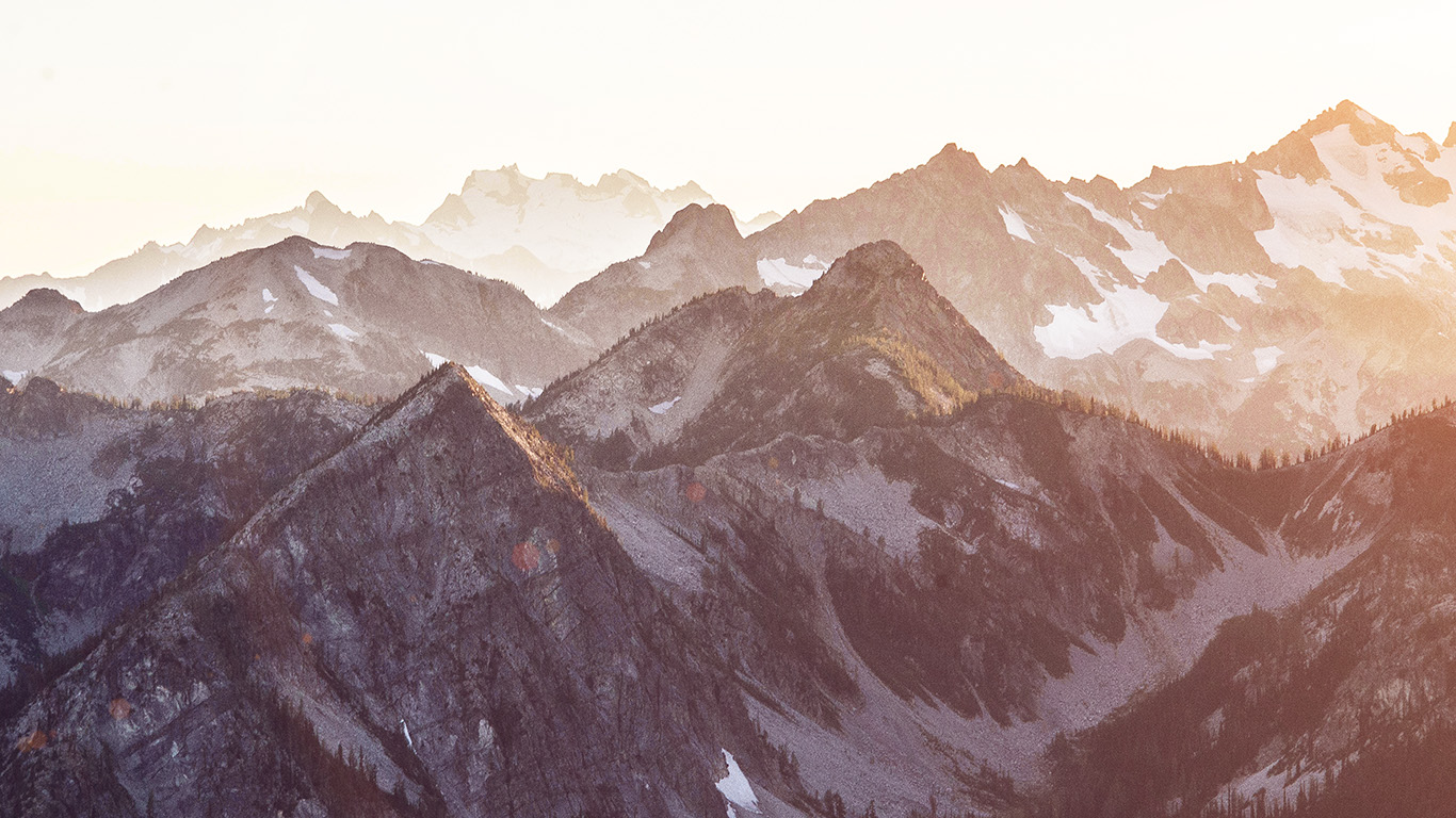 desktop-wallpaper-laptop-mac-macbook-air-mt14-mountain-layer-view-nature-top-bw-flare-wallpaper