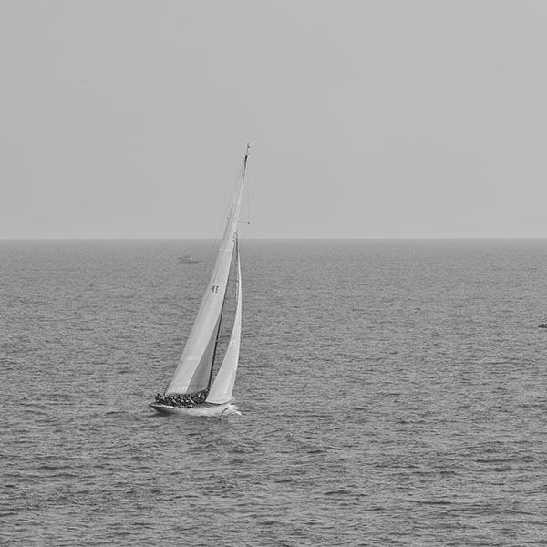 iPapers.co-Apple-iPhone-iPad-Macbook-iMac-wallpaper-mt62-boat-dark-bw-sea-ocean-nature-wallpaper