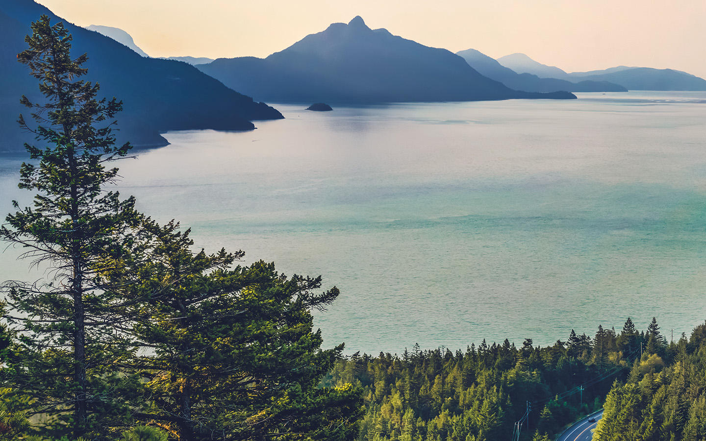 Ipapers Co Mt74 Lake Green Nature Wonderful Blue Summer Day Mountain