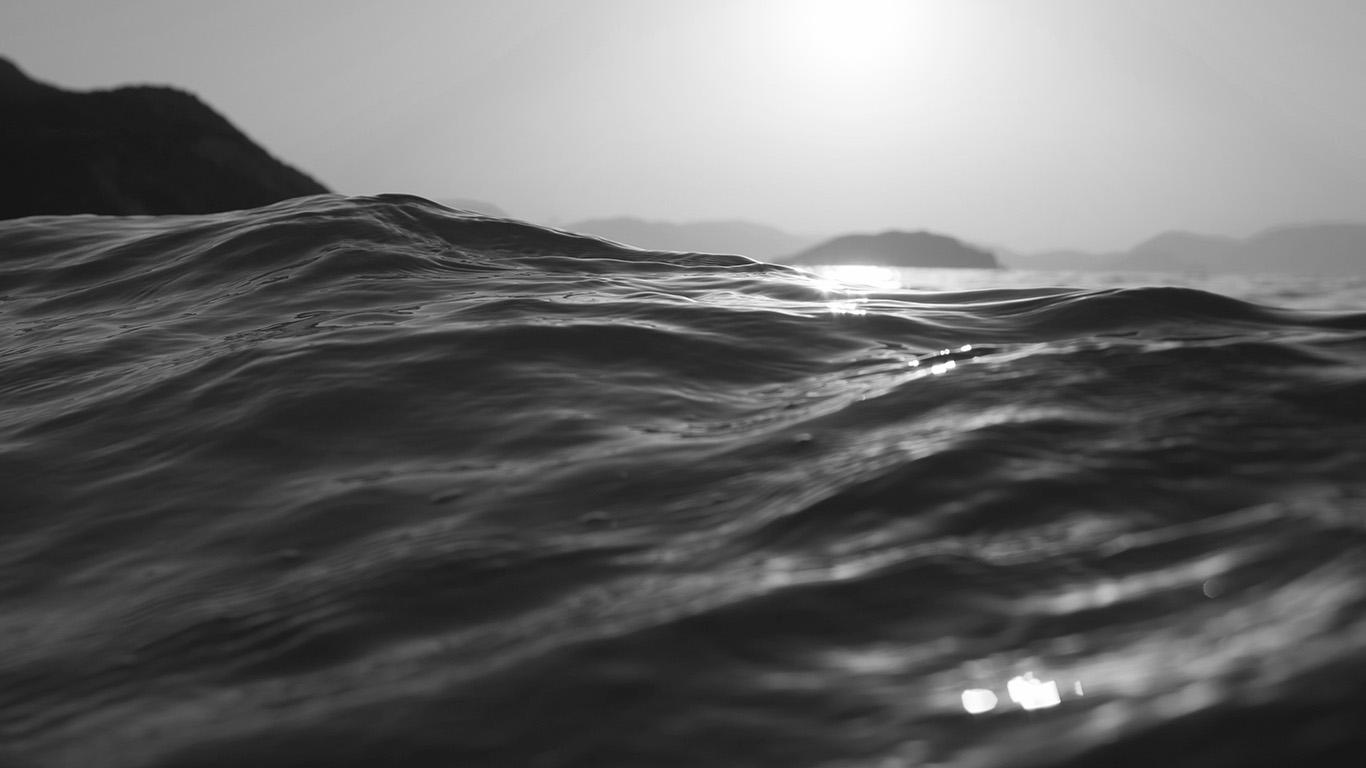 desktop-wallpaper-laptop-mac-macbook-air-mt84-sea-dive-wave-dark-summer-ocean-nature-bw-wallpaper