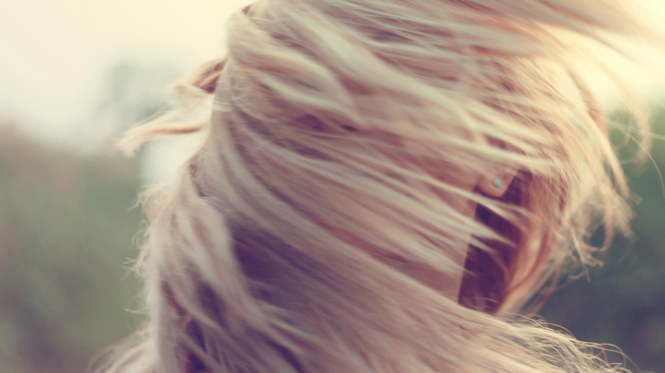desktop-wallpaper-laptop-mac-macbook-airmt86-photo-woman-hair-blow-wind-love-human-wallpaper