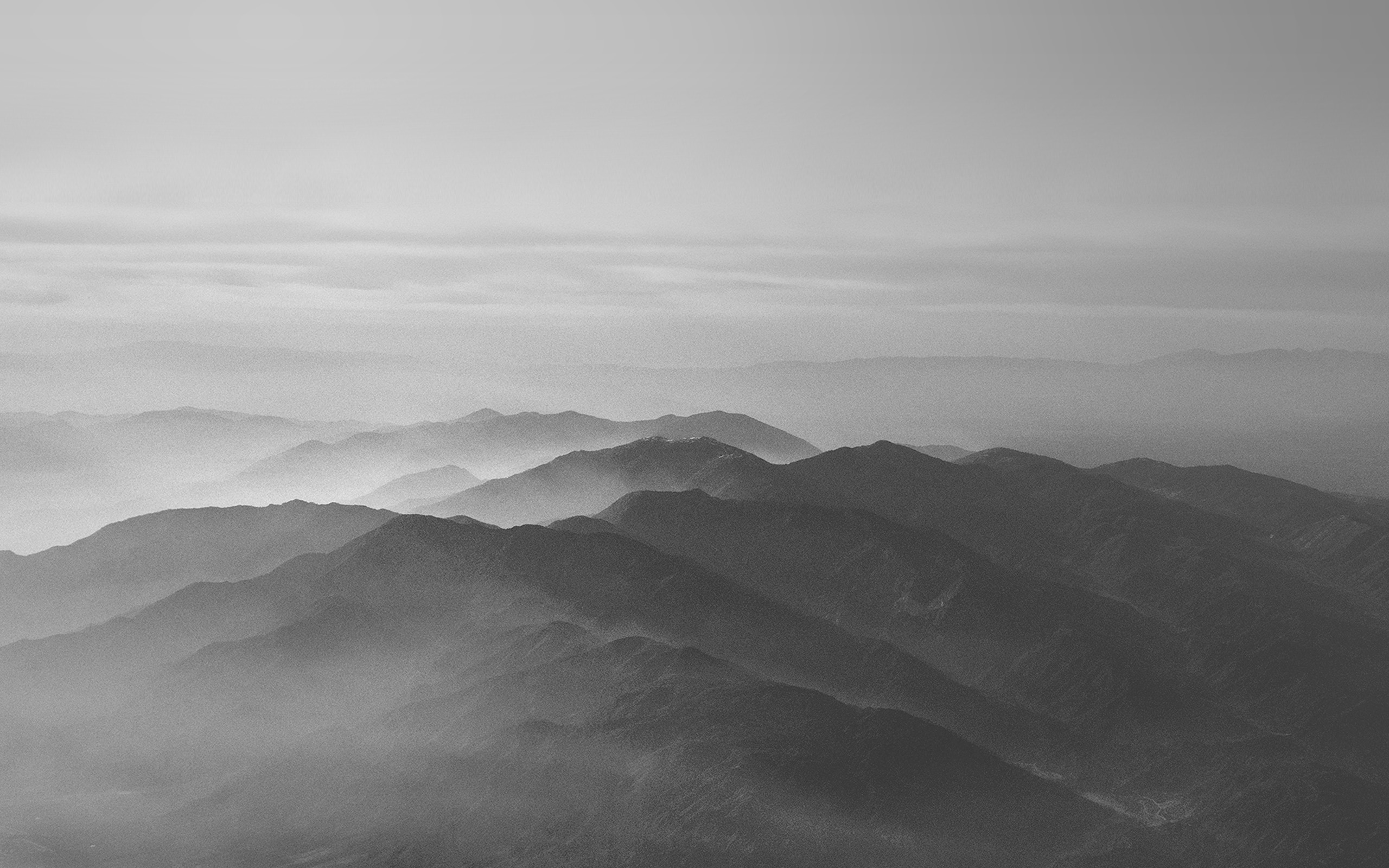 mu40-mountain-fog-nature-dark-bw-gray-sky-view - Papers.co