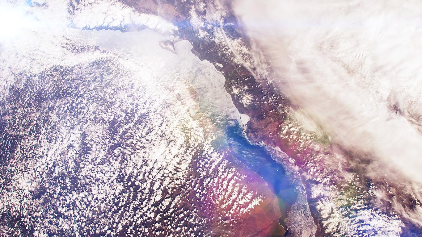 desktop-wallpaper-laptop-mac-macbook-air-mu69-space-earth-from-sky-land-cloud-flare-wallpaper