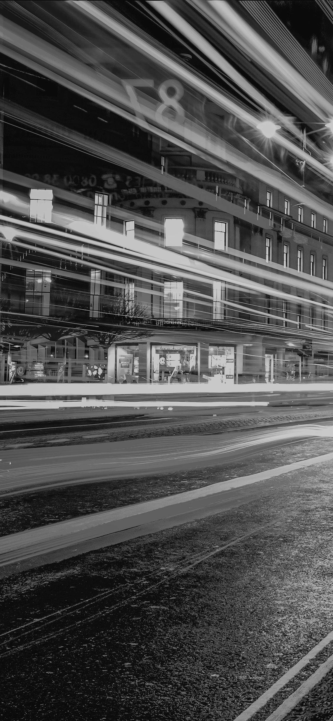 iPhonexpapers.com-Apple-iPhone-wallpaper-mu97-london-city-car-lights-night-bokeh-dark-bw