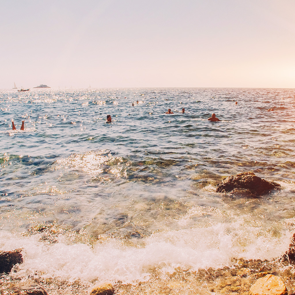 android-wallpaper-mv12-beach-vacation-swim-ocean-sea-summer-flare-wallpaper