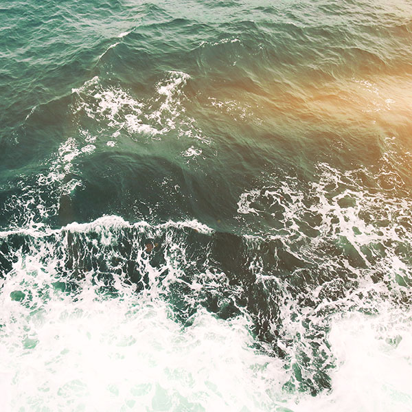 iPapers.co-Apple-iPhone-iPad-Macbook-iMac-wallpaper-mv49-water-sea-vacation-texture-ocean-beach-flare-wallpaper