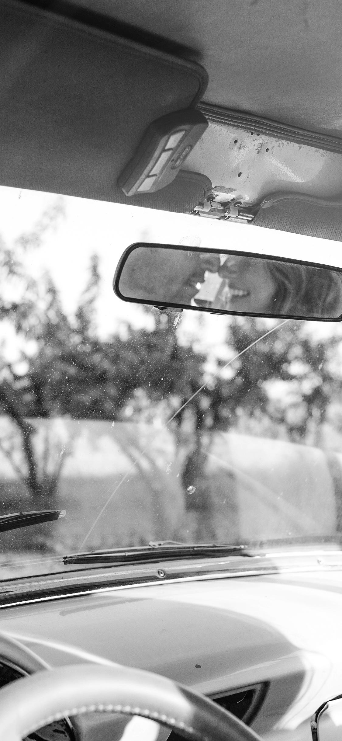 black mirror iphone x wallpaper