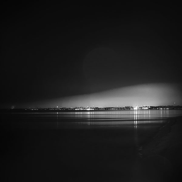 iPapers.co-Apple-iPhone-iPad-Macbook-iMac-wallpaper-mw58-lake-city-view-night-dark-nature-awesome-bw-wallpaper