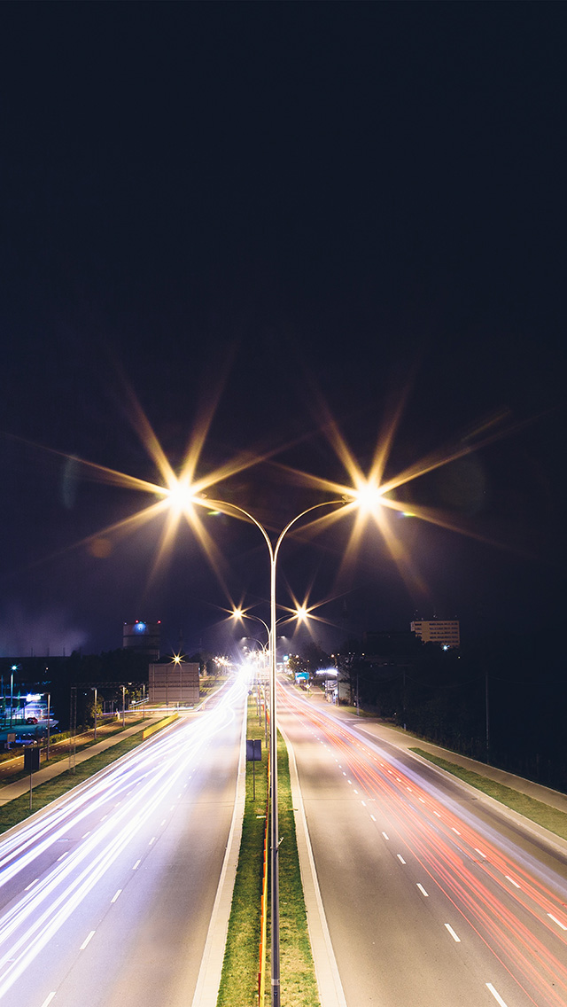 freeios8.com-iphone-4-5-6-plus-ipad-ios8-mw68-night-road-exposure-dark-light-city-car