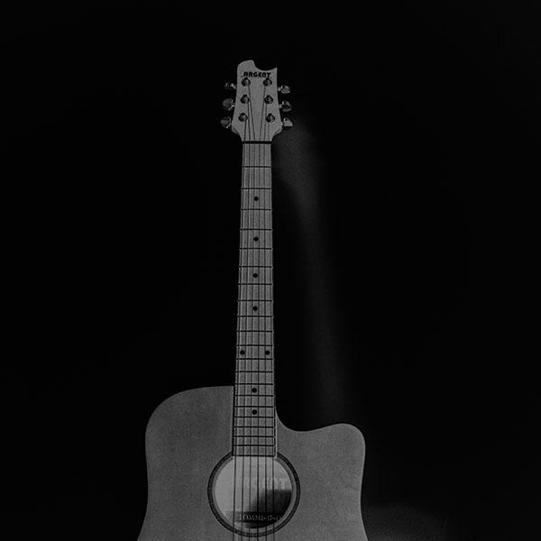 iPapers.co-Apple-iPhone-iPad-Macbook-iMac-wallpaper-mw80-guitar-art-bw-dark-music-song-black-wallpaper