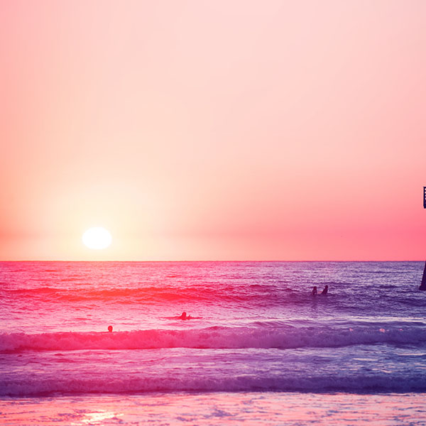 iPapers.co-Apple-iPhone-iPad-Macbook-iMac-wallpaper-mw95-happy-beach-sea-holiday-nature-fun-city-pink-wallpaper