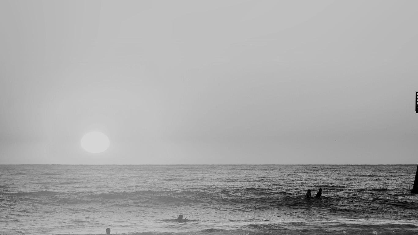 desktop-wallpaper-laptop-mac-macbook-air-mw96-happy-beach-sea-holiday-nature-fun-city-bw-dark-wallpaper