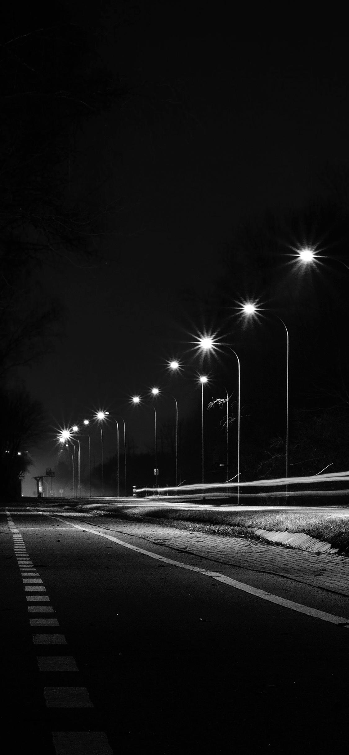 iPhoneXpapers.com-Apple-iPhone-wallpaper-mx29-street-lights-dark-night-car-city-bw