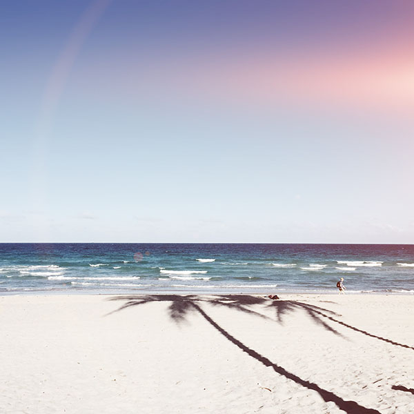iPapers.co-Apple-iPhone-iPad-Macbook-iMac-wallpaper-mx39-beach-blue-nature-sea-holiday-water-sky-flare-wallpaper