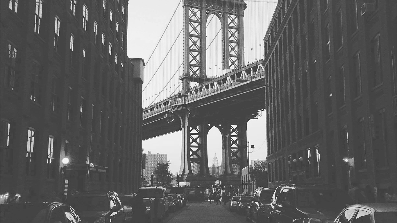 desktop-wallpaper-laptop-mac-macbook-air-mx43-newyork-bridge-city-building-architecture-street-bw-wallpaper