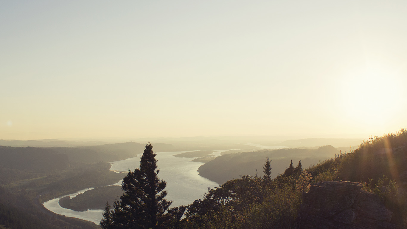 desktop-wallpaper-laptop-mac-macbook-airmx44-mountain-view-nature-river-sky-shine-summer-wallpaper