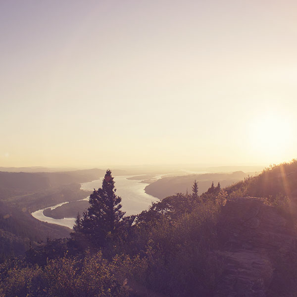 iPapers.co-Apple-iPhone-iPad-Macbook-iMac-wallpaper-mx45-mountain-view-nature-river-sky-shine-summer-flare-wallpaper