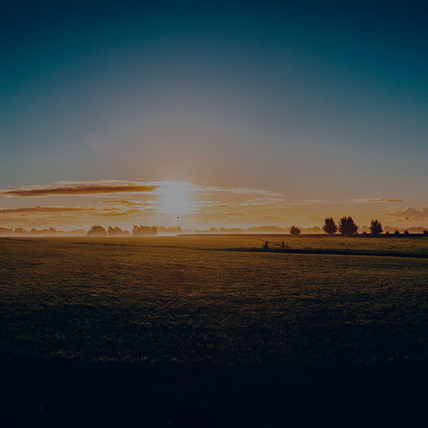 iPapers.co-Apple-iPhone-iPad-Macbook-iMac-wallpaper-my00-sunny-morning-farm-peace-nature-dark-wallpaper