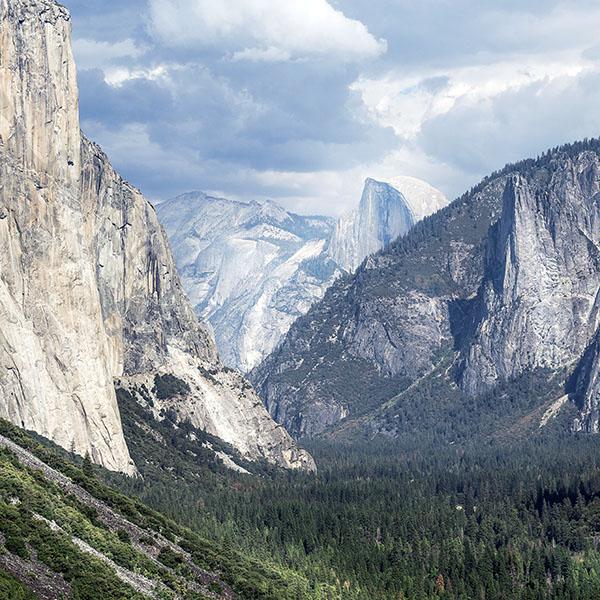 iPapers.co-Apple-iPhone-iPad-Macbook-iMac-wallpaper-my07-yosemite-mountain-nature-rock-sky-forest-cloud-wallpaper