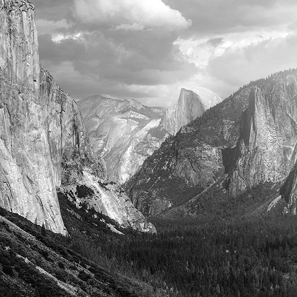 iPapers.co-Apple-iPhone-iPad-Macbook-iMac-wallpaper-my11-yosemite-mountain-nature-rock-sky-forest-cloud-bw-wallpaper