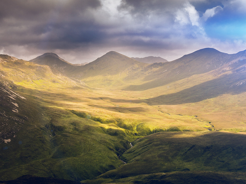 landscapes essay Descriptive writing: a beautiful landscape or natural scene a beautiful landscape or natural scene sign up to view the whole essay and download the pdf.