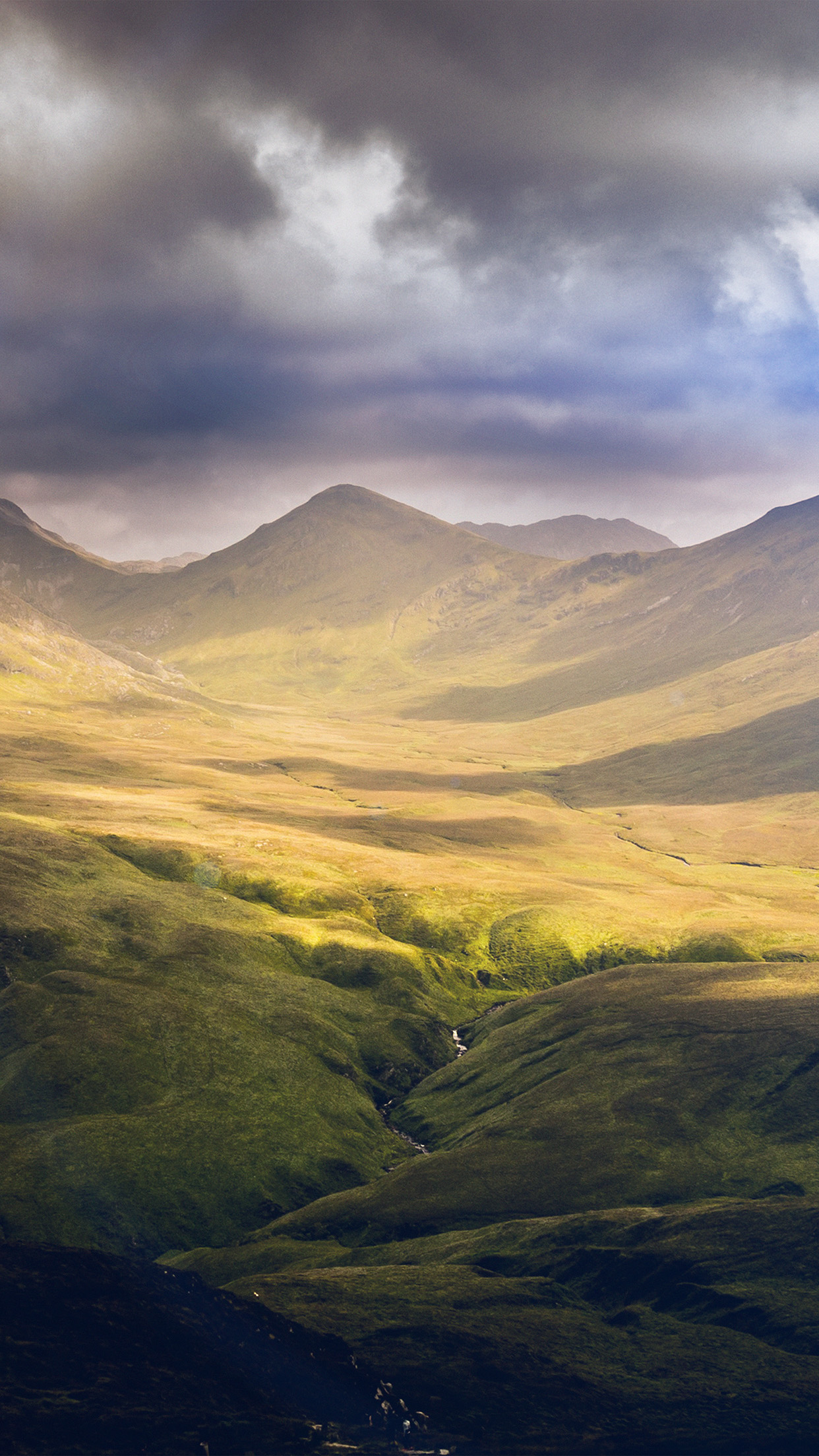mz31-landscape-green-mountain-windows-nature-flare-wallpaper