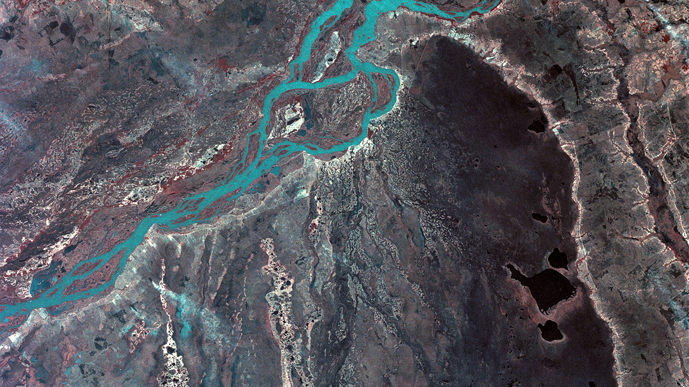 desktop-wallpaper-laptop-mac-macbook-air-mz57-earthview-sky-space-nature-river-wallpaper