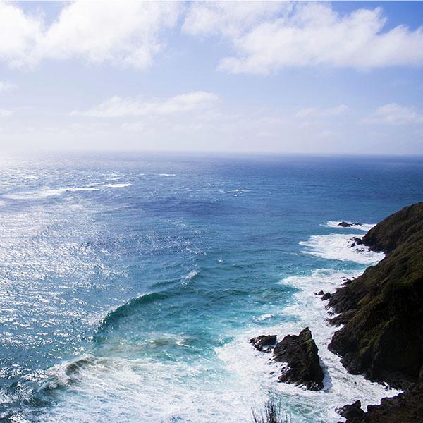 iPapers.co-Apple-iPhone-iPad-Macbook-iMac-wallpaper-mz97-nature-sea-blue-wave-ocean-deep-rock-wallpaper