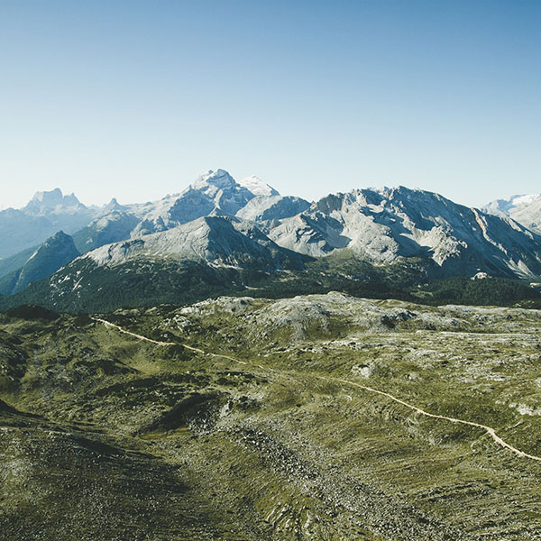 iPapers.co-Apple-iPhone-iPad-Macbook-iMac-wallpaper-na68-summer-day-mountain-sky-green-blue-nature-wallpaper