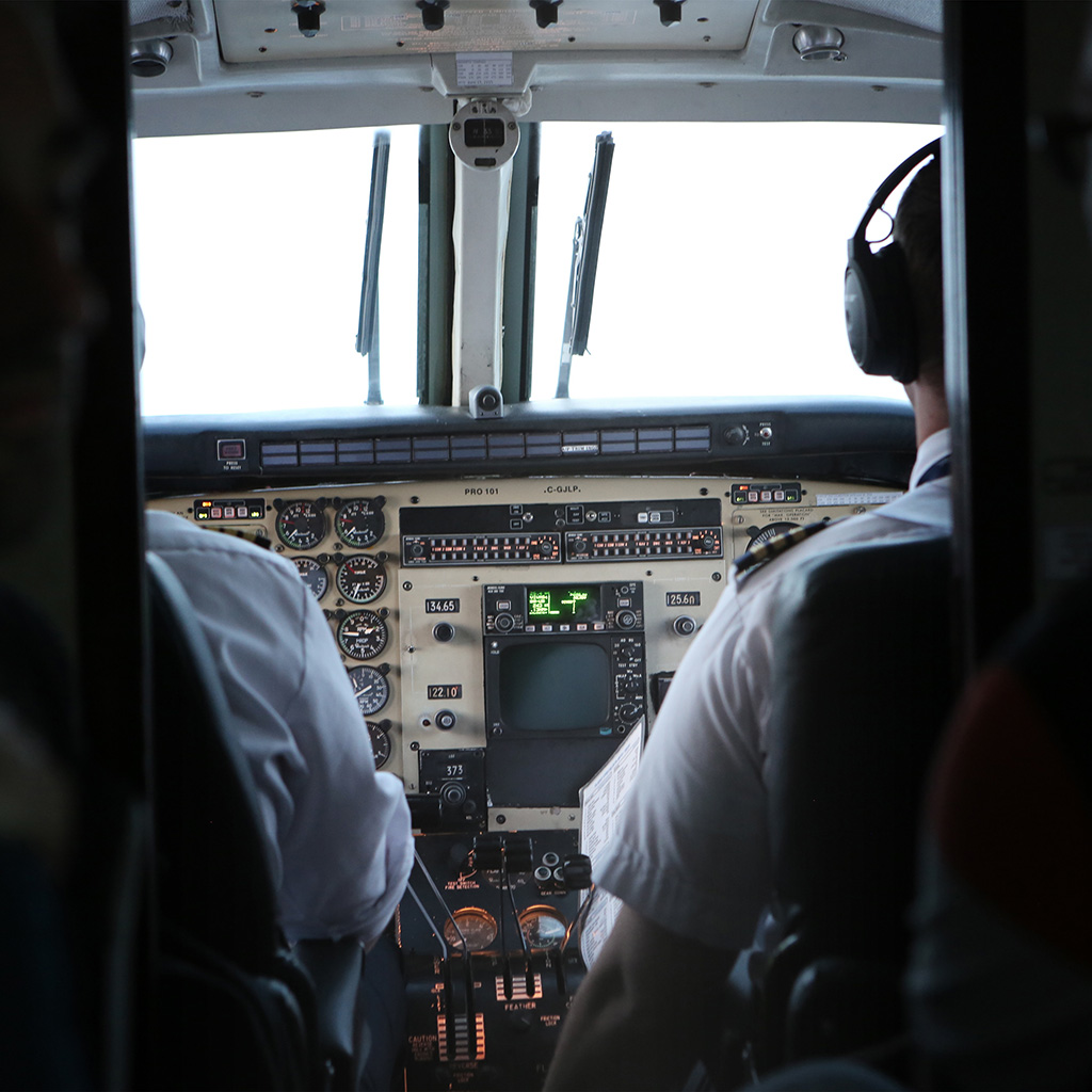 airline pilot essay Why ask the pilot is a top airline pilot blog: with his personal essays and travel  stories, ask the pilot offers a unique perspective on airline.