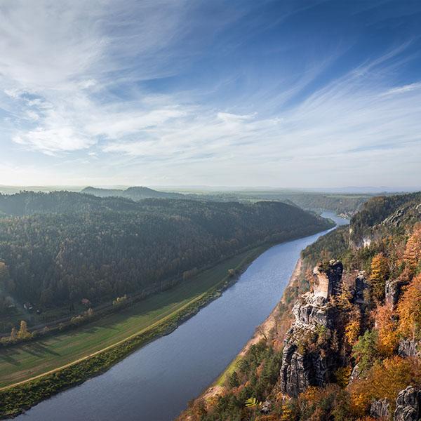 iPapers.co-Apple-iPhone-iPad-Macbook-iMac-wallpaper-na78-summer-fall-great-mountain-sea-lake-river-sky-wallpaper