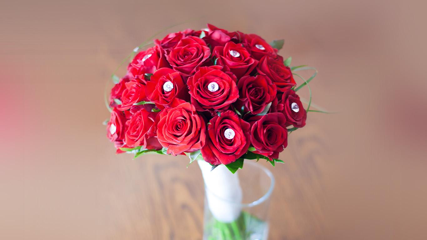 desktop-wallpaper-laptop-mac-macbook-air-na83-flower-red-vase-life-art-nature-rose-spring-wallpaper