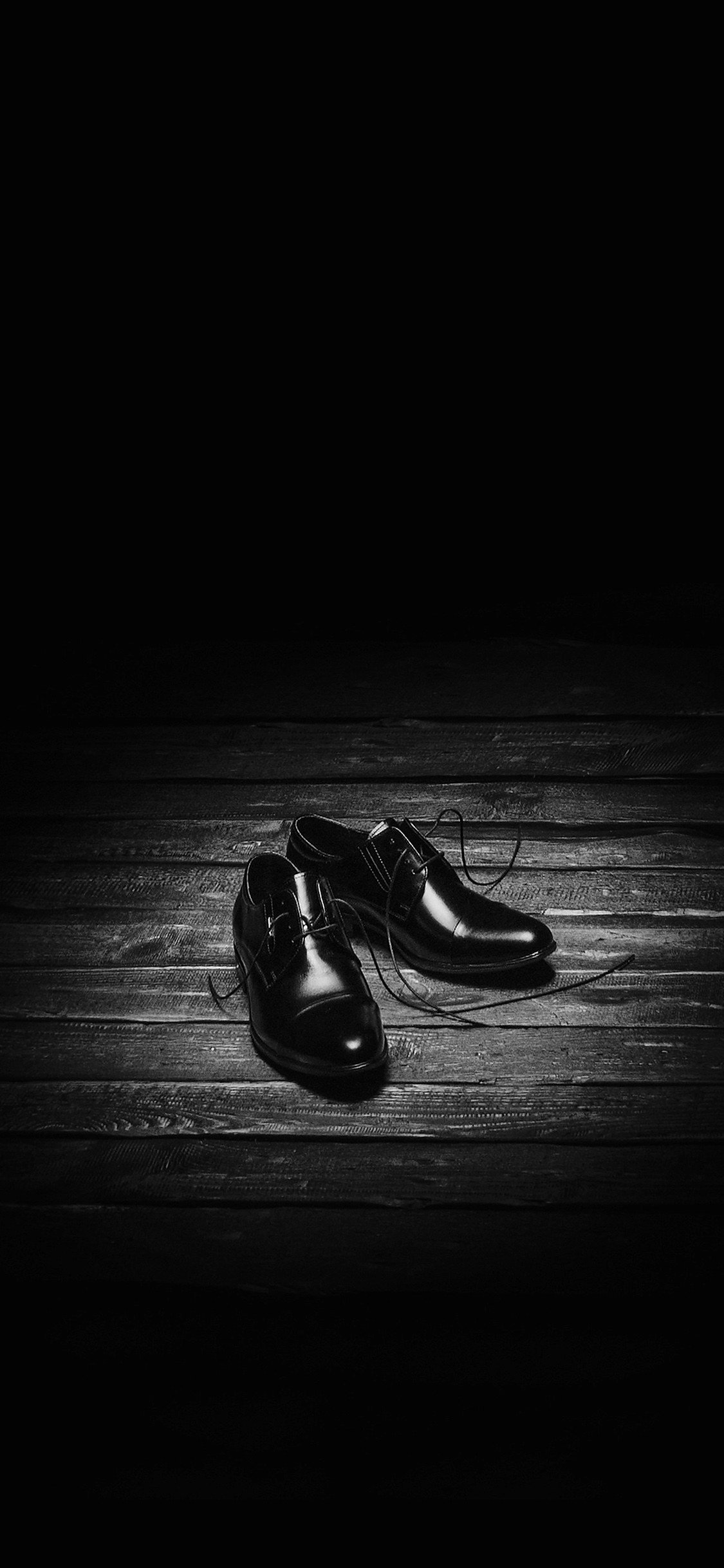 iPhoneXpapers.com-Apple-iPhone-wallpaper-na89-dark-shoe-minimal-bw