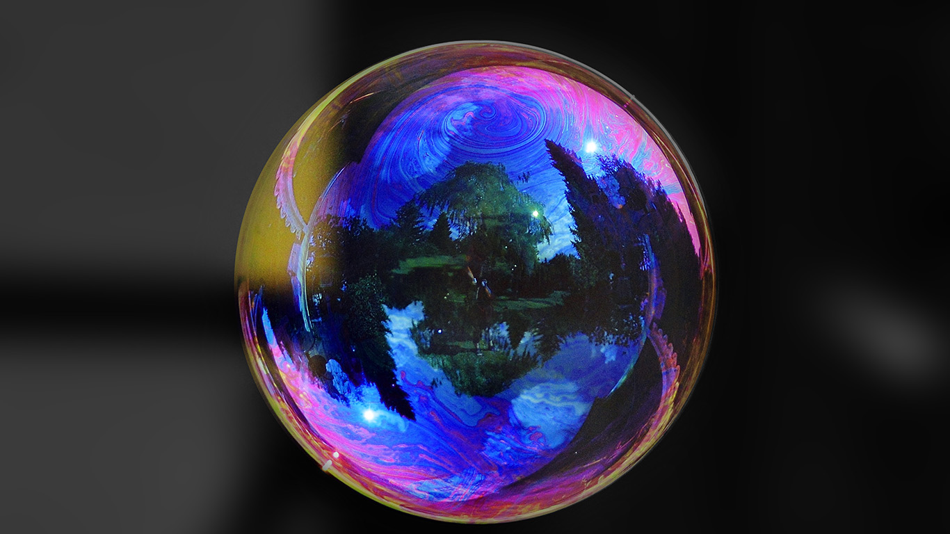 desktop-wallpaper-laptop-mac-macbook-air-na91-bubble-art-life-beautiful-colorful-bw-dark-wallpaper