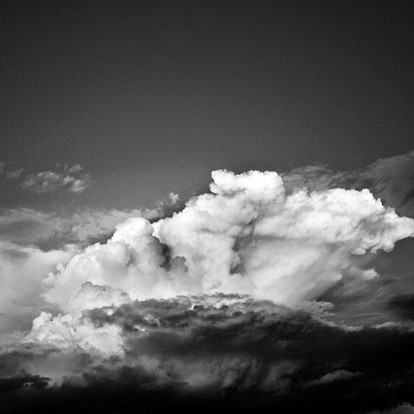 iPapers.co-Apple-iPhone-iPad-Macbook-iMac-wallpaper-nb11-sky-cloud-summer-blue-sunny-shiny-nature-bw-dark-wallpaper