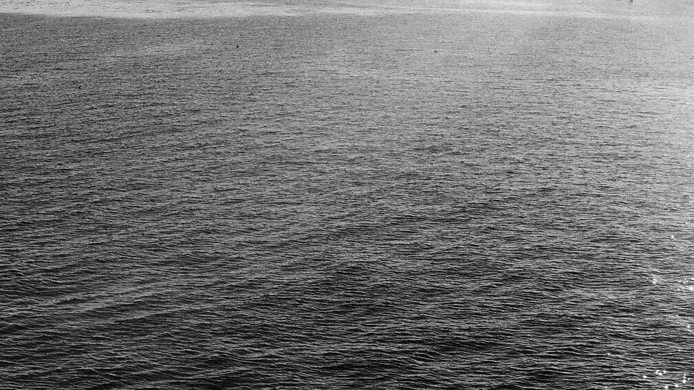 desktop-wallpaper-laptop-mac-macbook-air-nb22-sea-beach-holiday-nature-dark-bw-wallpaper