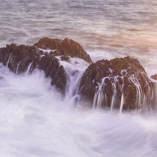 iPapers.co-Apple-iPhone-iPad-Macbook-iMac-wallpaper-nb35-rock-sea-ocean-summer-cold-nature-wave-flare-wallpaper