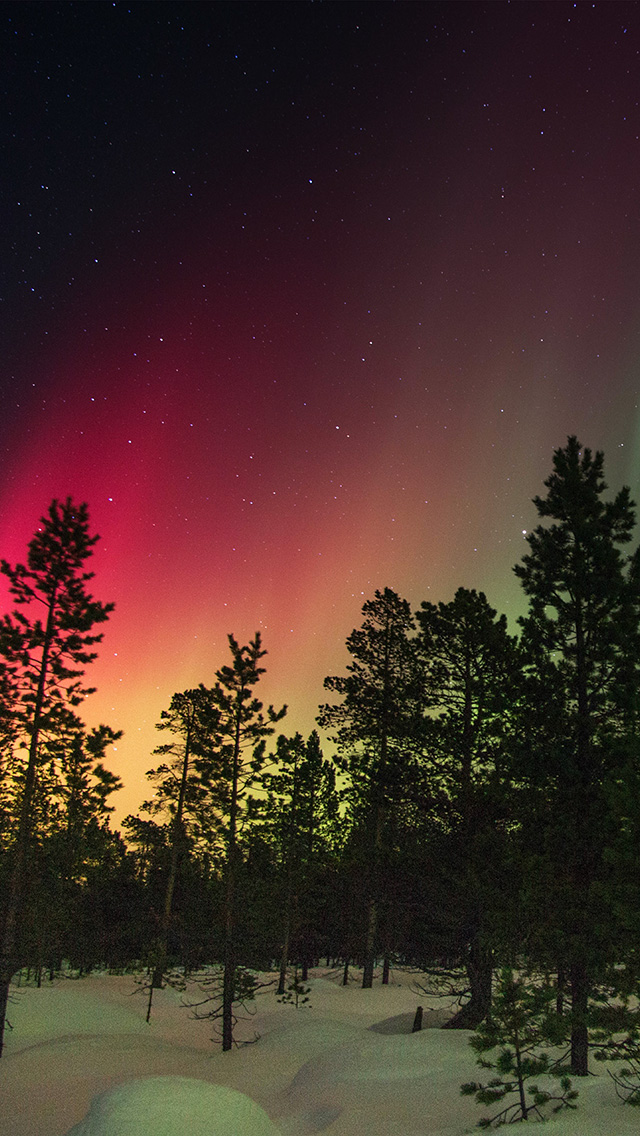 freeios8.com-iphone-4-5-6-plus-ipad-ios8-nb37-aurora-night-red-sky-space-dark