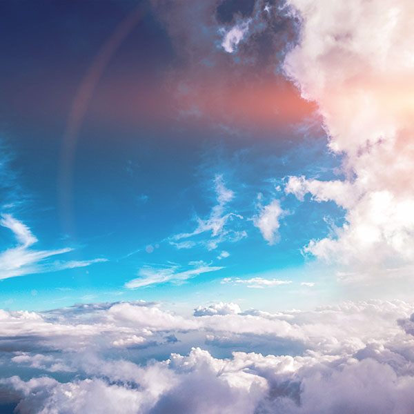 iPapers.co-Apple-iPhone-iPad-Macbook-iMac-wallpaper-nb59-sky-cloud-fly-blue-summer-sunny-flare-wallpaper