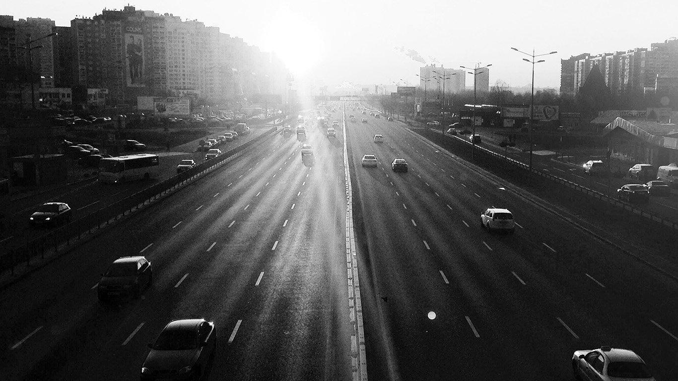 desktop-wallpaper-laptop-mac-macbook-air-nb63-city-sunset-road-car-red-dark-bw-wallpaper