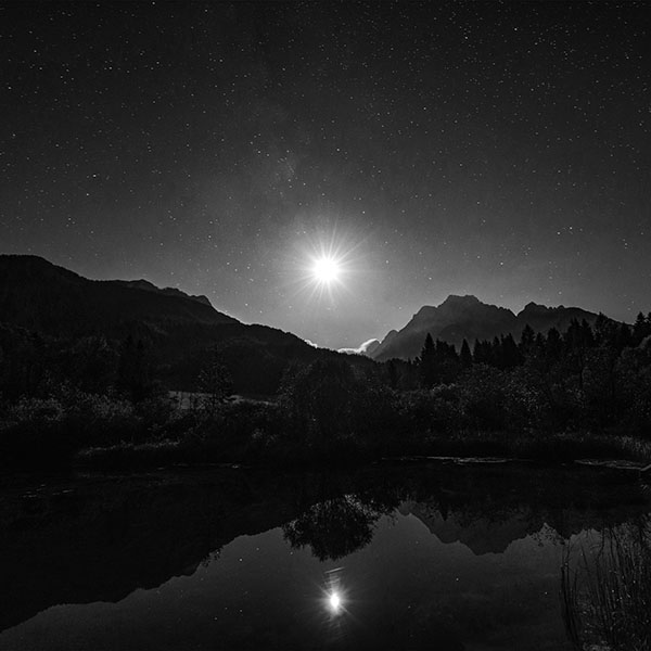 iPapers.co-Apple-iPhone-iPad-Macbook-iMac-wallpaper-nc02-sunshine-day-dream-nature-mountain-lake-dark-bw-wallpaper